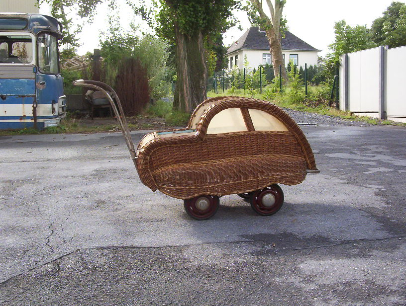 Photo of a Tynaarlo Baby Carriage