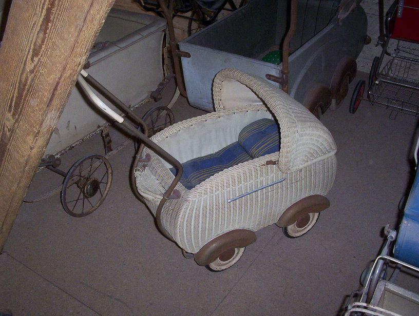 Photo of a Doll  Carriage
